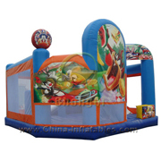 inflatable Looney Tunes jumping castle
